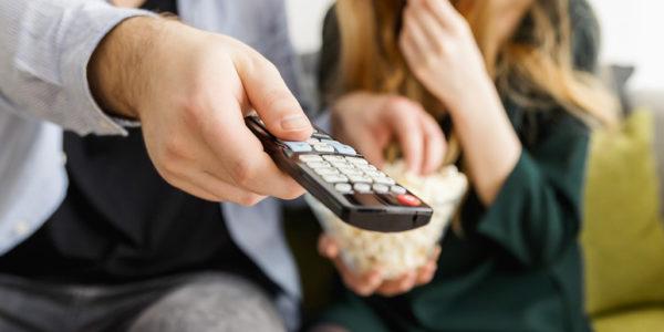 Comment s'équiper en télé dans une maison de vacances ?